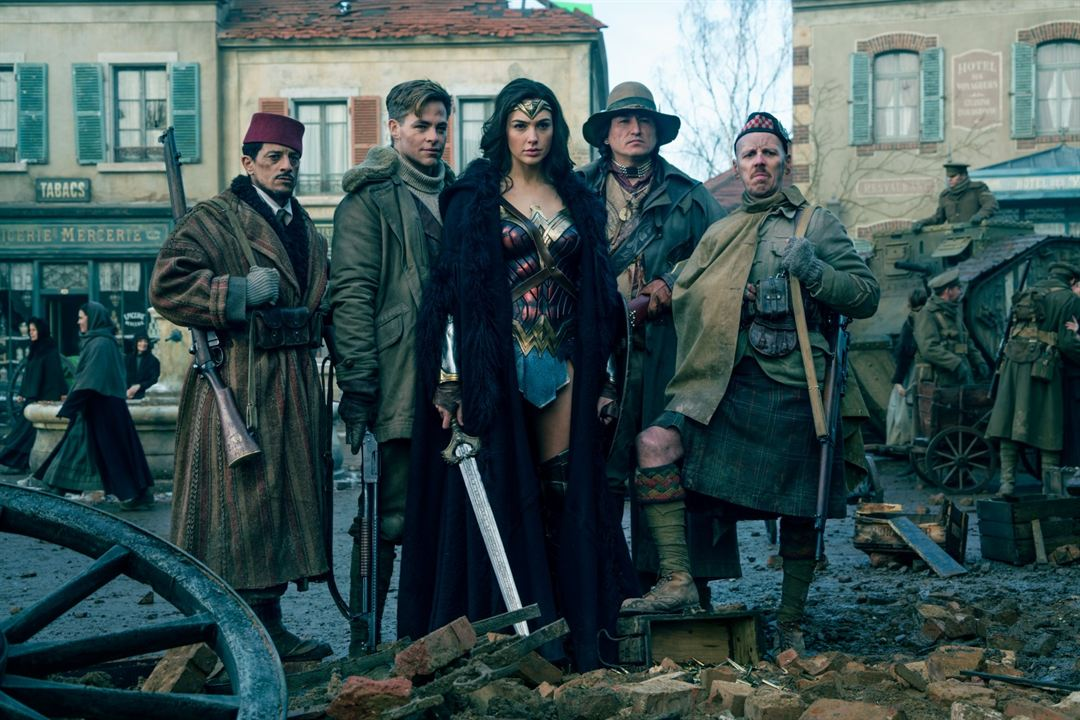 Wonder Woman : Photo Chris Pine, Eugene Brave Rock, Ewen Bremner, Gal Gadot, Saïd Taghmaoui