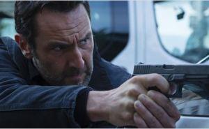 Franck (Gilles Lellouche) est un policier qui ne recule devant rien