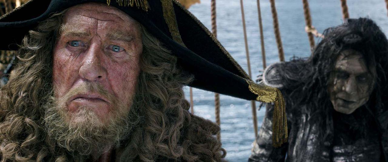 Pirates des Caraïbes : la Vengeance de Salazar : Photo Geoffrey Rush, Javier Bardem