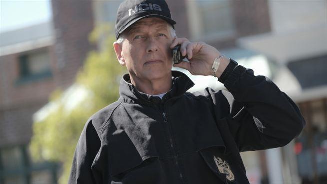 NCIS renouvelée pour une saison 19 : Mark Harmon (Gibbs) sera-t-il de retour ? On a la réponse – News Séries à la TV
