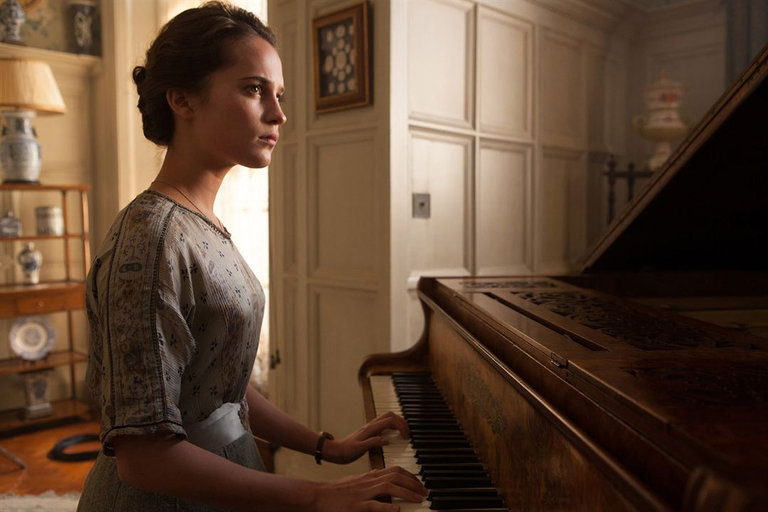 Mémoires de jeunesse : Photo Alicia Vikander