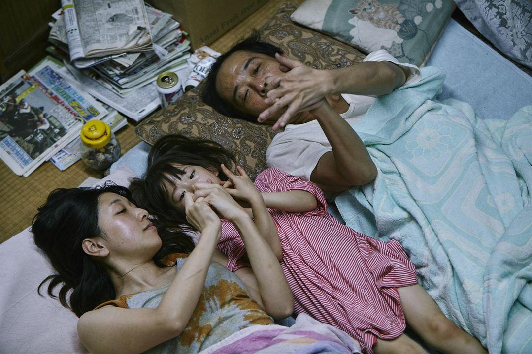 Une Affaire de famille : Photo Lily Franky, Miyu Sasaki, Sakura Andô
