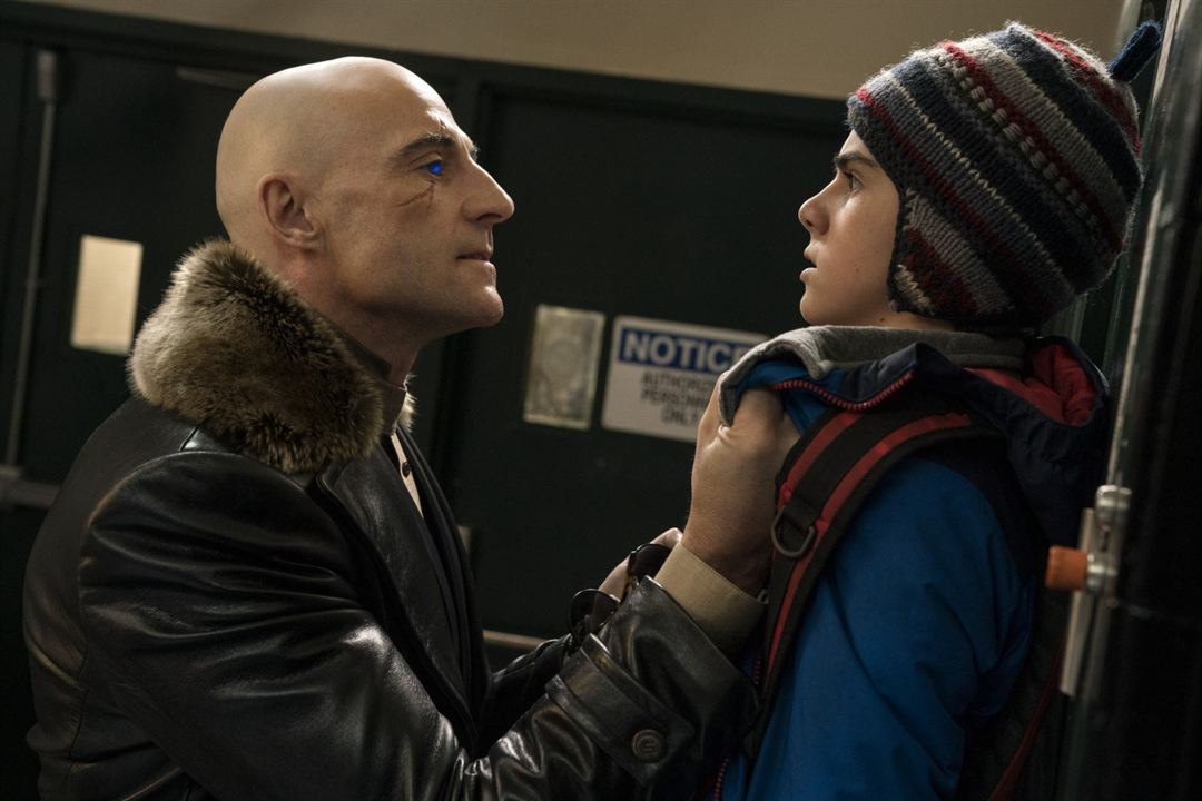 Shazam! : Photo Jack Dylan Grazer, Mark Strong