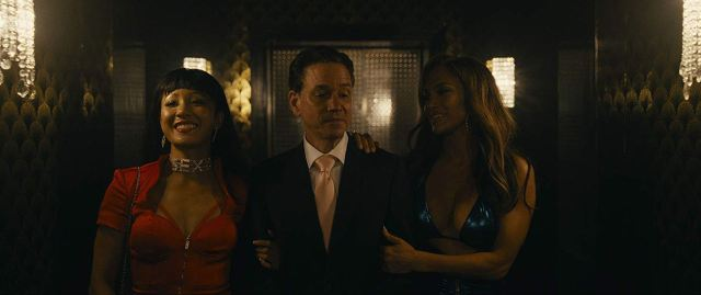 Queens : Photo Constance Wu, Frank Whaley, Jennifer Lopez
