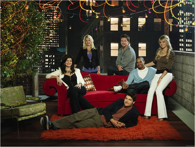 Happy Endings : Photo Adam Pally, Casey Wilson, Damon Wayans Jr., Elisha Cuthbert, Eliza Coupe