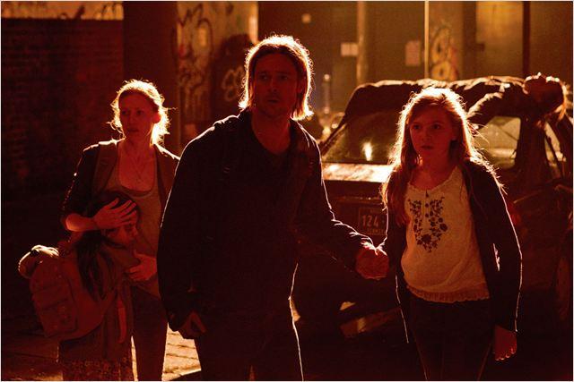 World War Z : Photo Brad Pitt, Mireille Enos