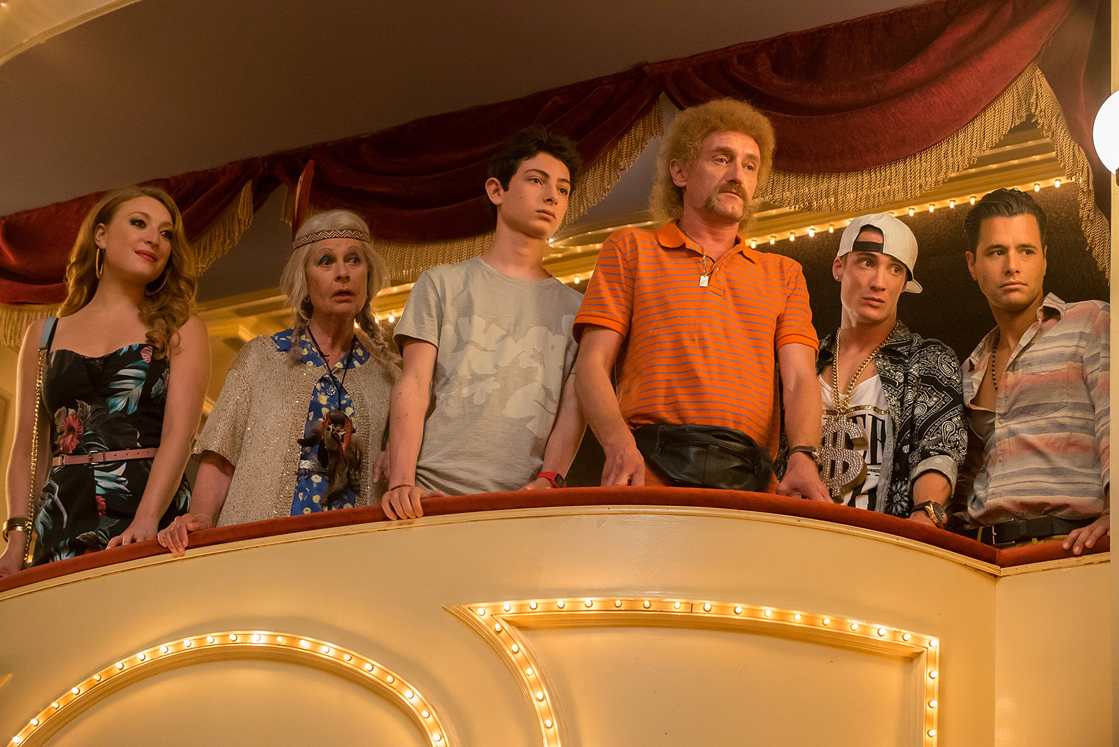 Les Tuche 2 - Le rêve américain : Photo Claire Nadeau, Jean-Paul Rouve, Pierre Lottin, Sarah Stern, Theo Fernandez