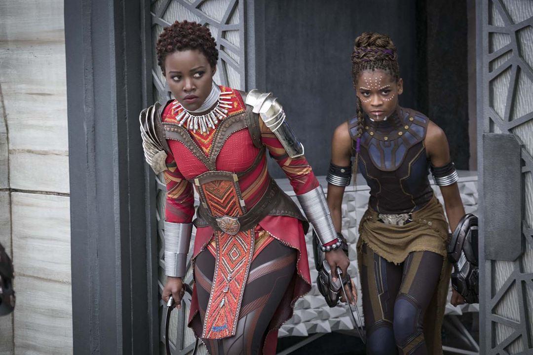 Black Panther : Photo Letitia Wright, Lupita Nyong'o
