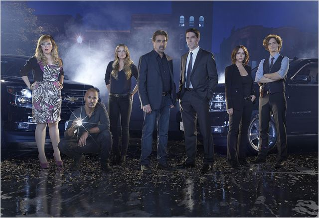 Photo A. J. Cook, Jennifer Love Hewitt, Joe Mantegna, Kirsten Vangsness, Matthew Gray Gubler