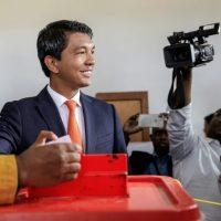 Madagascar: Rajoelina se rapproche de la victoire à la présidentielle