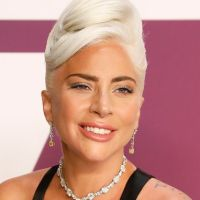 Lady Gaga change radicalement de look un an après A star is born