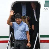 Evo Morales atterrit au Mexique et promet de continuer la lutte