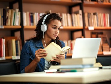 Online Learning: Opportunity to build agency