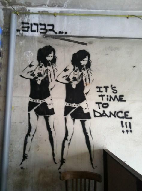 Marseille 2012 belle de mai - it's time to dance street art