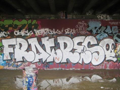 besancon 10.12.12 graffiti Fratres