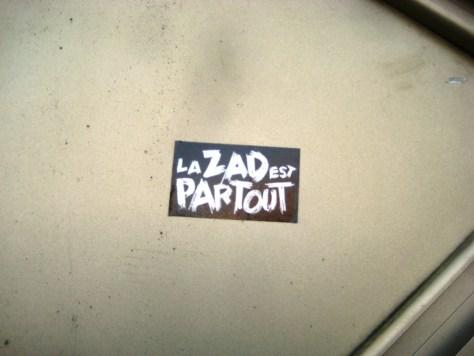 besancon 23.12.12 sticker - la ZAD est partout