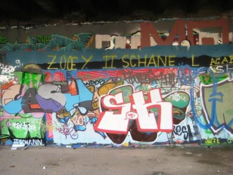 besancon décembre 2011 Shock-graffiti