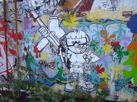 rhodia - besancon - graffiti - personnage