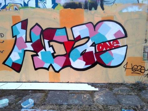 Zek, Hezo, Bec_graffiti_rhodia_besancon (3)
