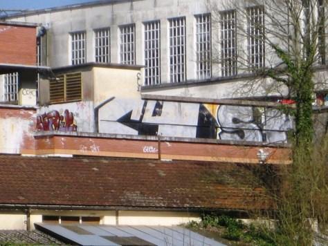 mars 2013 - besancon - rhodia - C4 - graffiti (3)