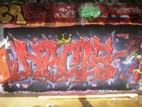 mai 2013_Red_Monica_Graffiti_Nacle_besancon (1)