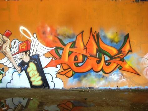 mai 2013_graffiti_besancon_rip_Tew (13)