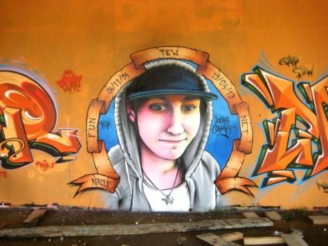 mai 2013_graffiti_besancon_rip_Tew (6)