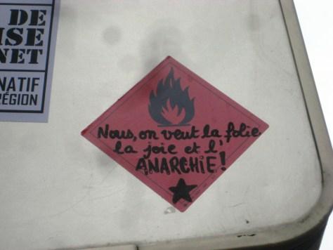 besancon_sticker_26.27.05.13_anarchie