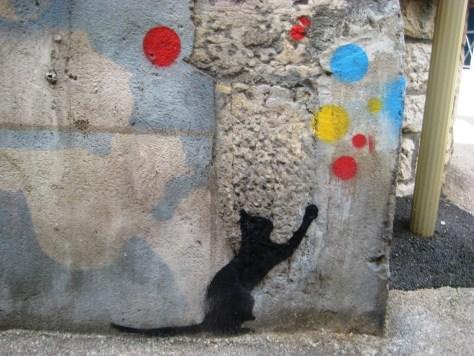 besancon-streetart-stencil-cat-girl-2013 (1)
