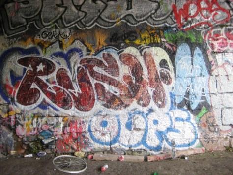rush, oups - graffiti, besancon arnes, nov 2013