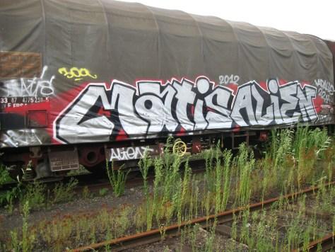 graffiti Rennes Aout 2012 matis, alien