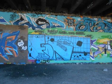fon10 - graffiti - besancon, mai 2014 (1)