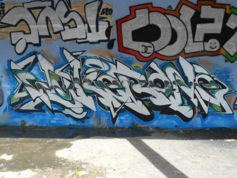besancon - juin.2014 - graffiti - Wyker