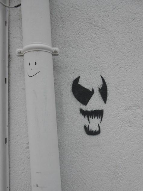 smile-mask-stencil, besancon, 07.2014