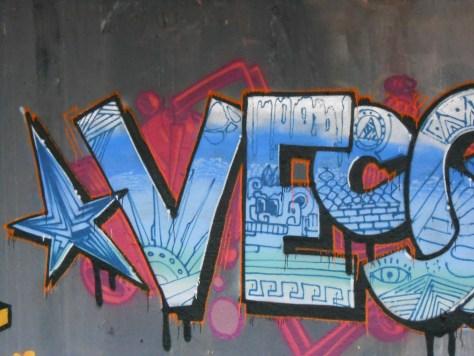 janvier 2015 - graffiti - besancon - VESONTIO (3)