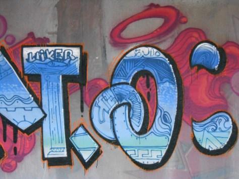 janvier 2015 - graffiti - besancon - VESONTIO (5)