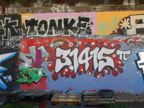 besancon graffiti avril 2015 Tonke, Pi 3,1415