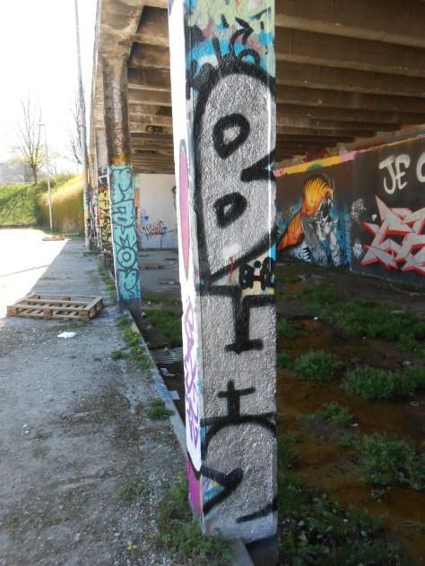 besancon graffiti avril 2015 BH2