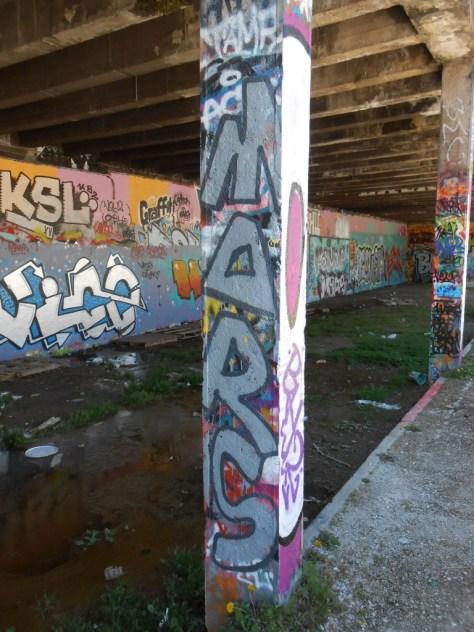 besancon graffiti avril 2015 MARS