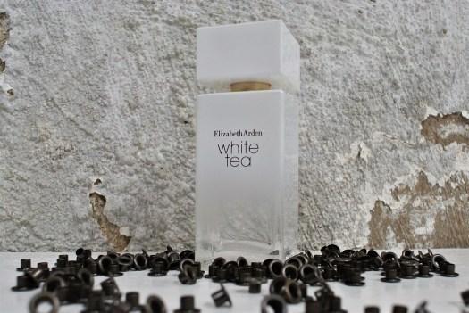 Caroline Sabas - Elizabeth Arden White Tea
