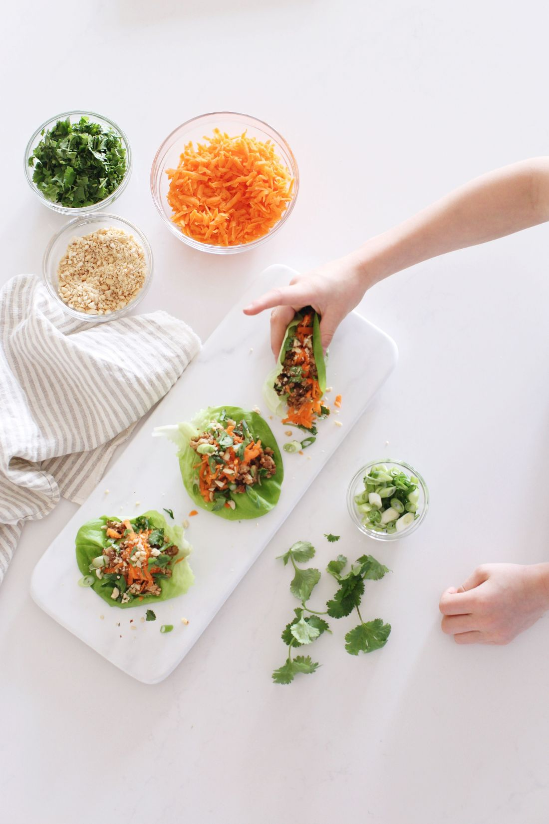 Lettuce Wraps for an easy veggie packed dinner, lunch or appetizer that can be made vegan.