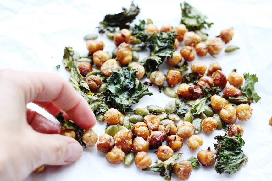 Kale chickpea snack mix