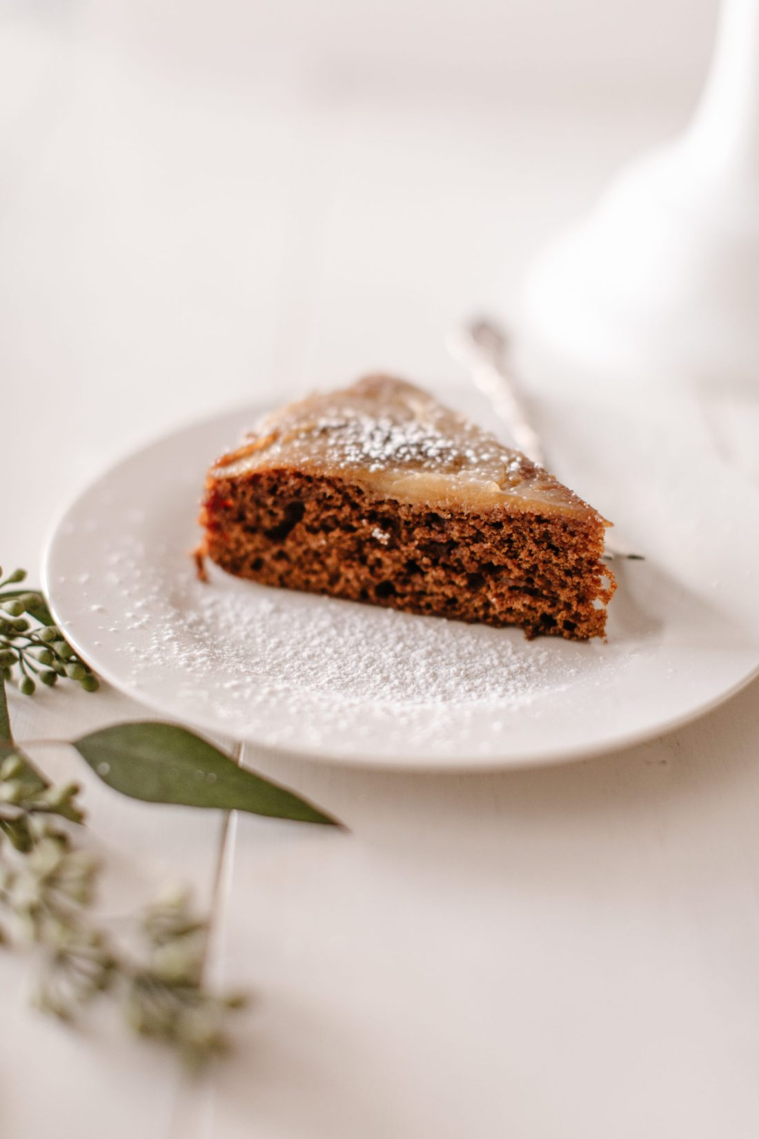 Gingerbread pear upside down cake