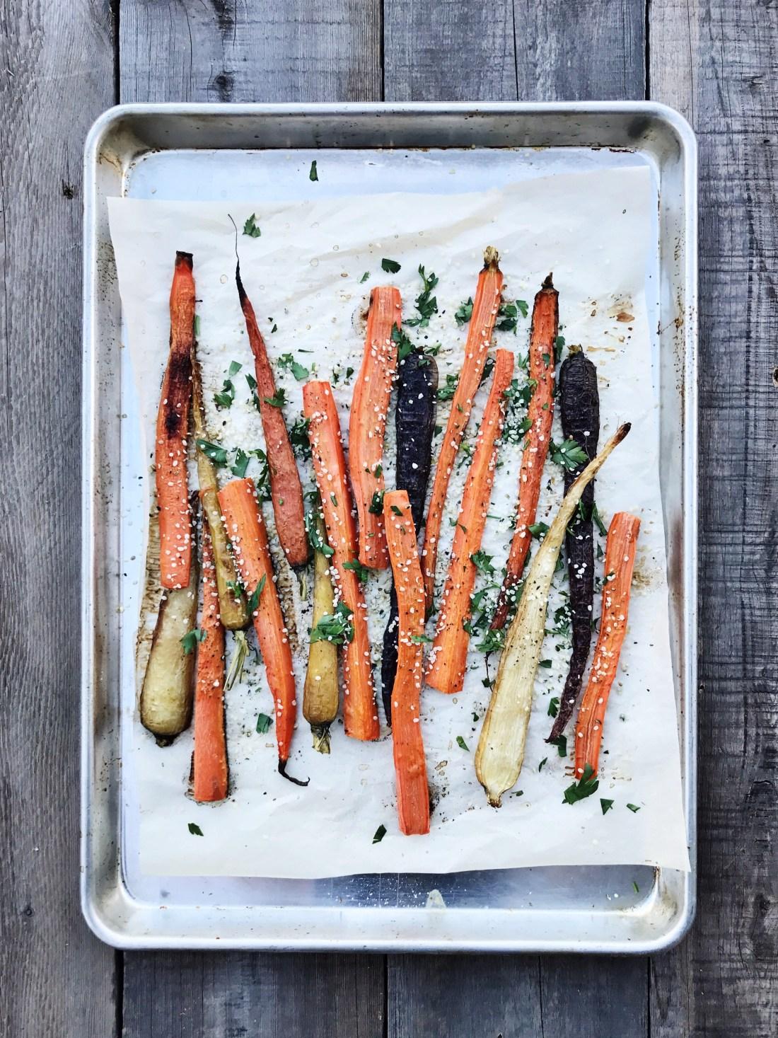 Roasted carrots with hemp hearts