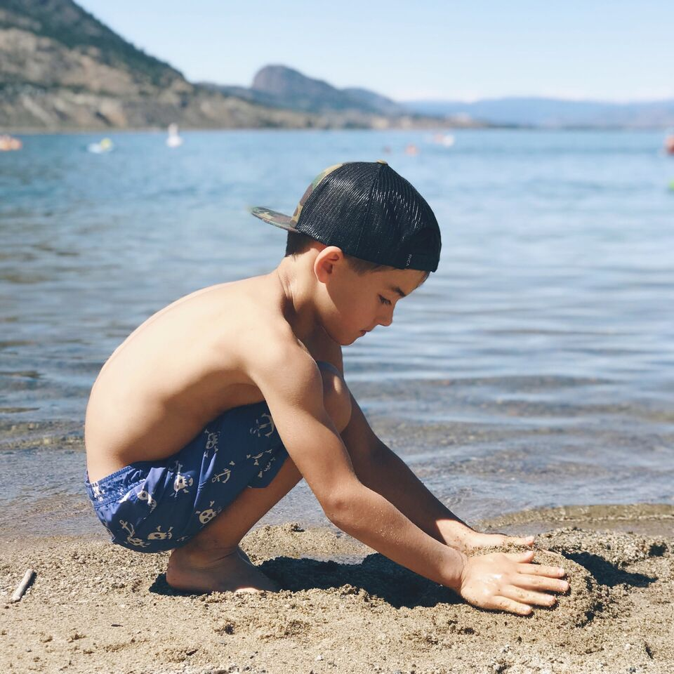 Top 20 fun activities to do with kids in Kelowna BC from mom, dietitian and blogger Tori Wesszer!