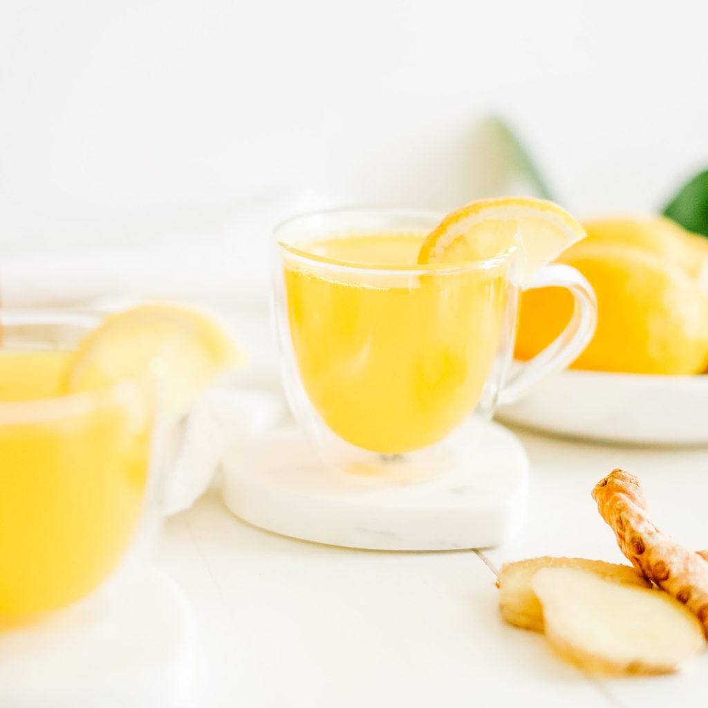 Golden turmeric tonic to help sooth the common cold