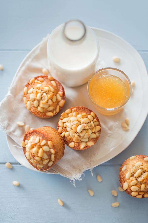 Petits moelleux miel et pignons de pin ©Fraise & Basilic