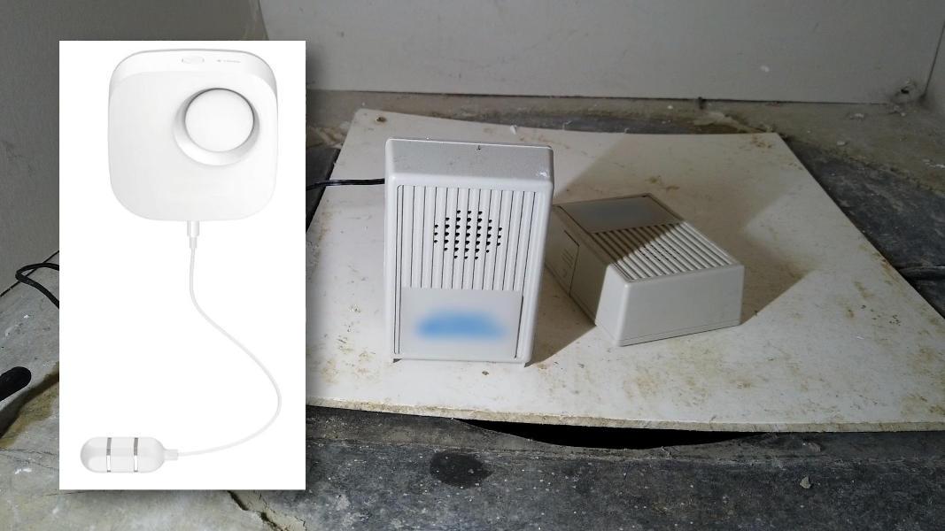 Smart water alarm and regular water alarm for detecting water leaks