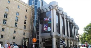 Gənc Tamaşaçılar Teatrı yeni mövsümü açıq elan edib