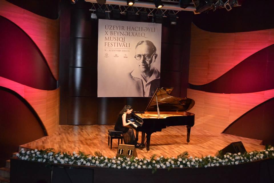 Beynəlxalq Muğam Mərkəzində fortepiano musiqisi axşamı keçirilib